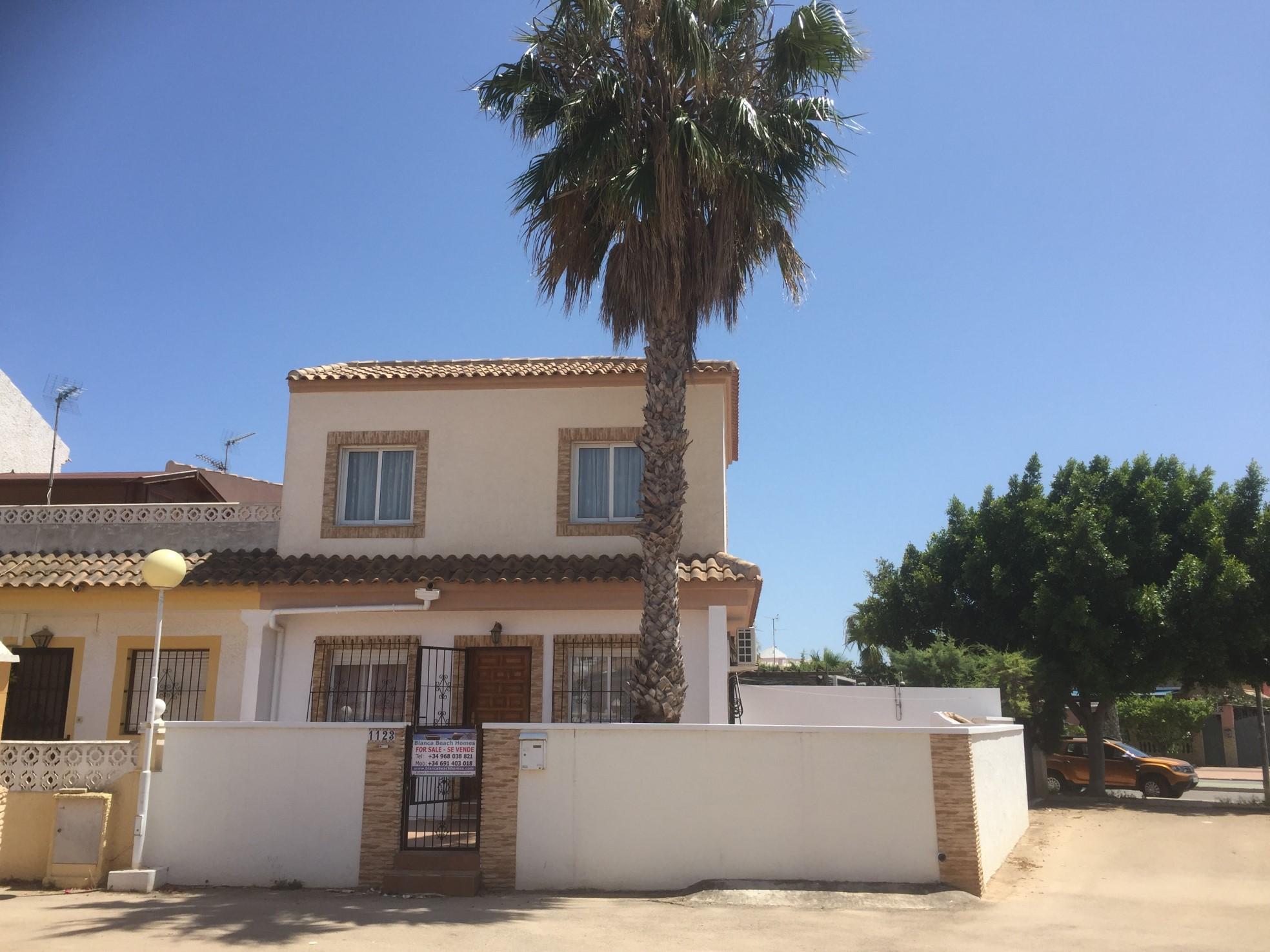 Corner Villa in Los Narejos