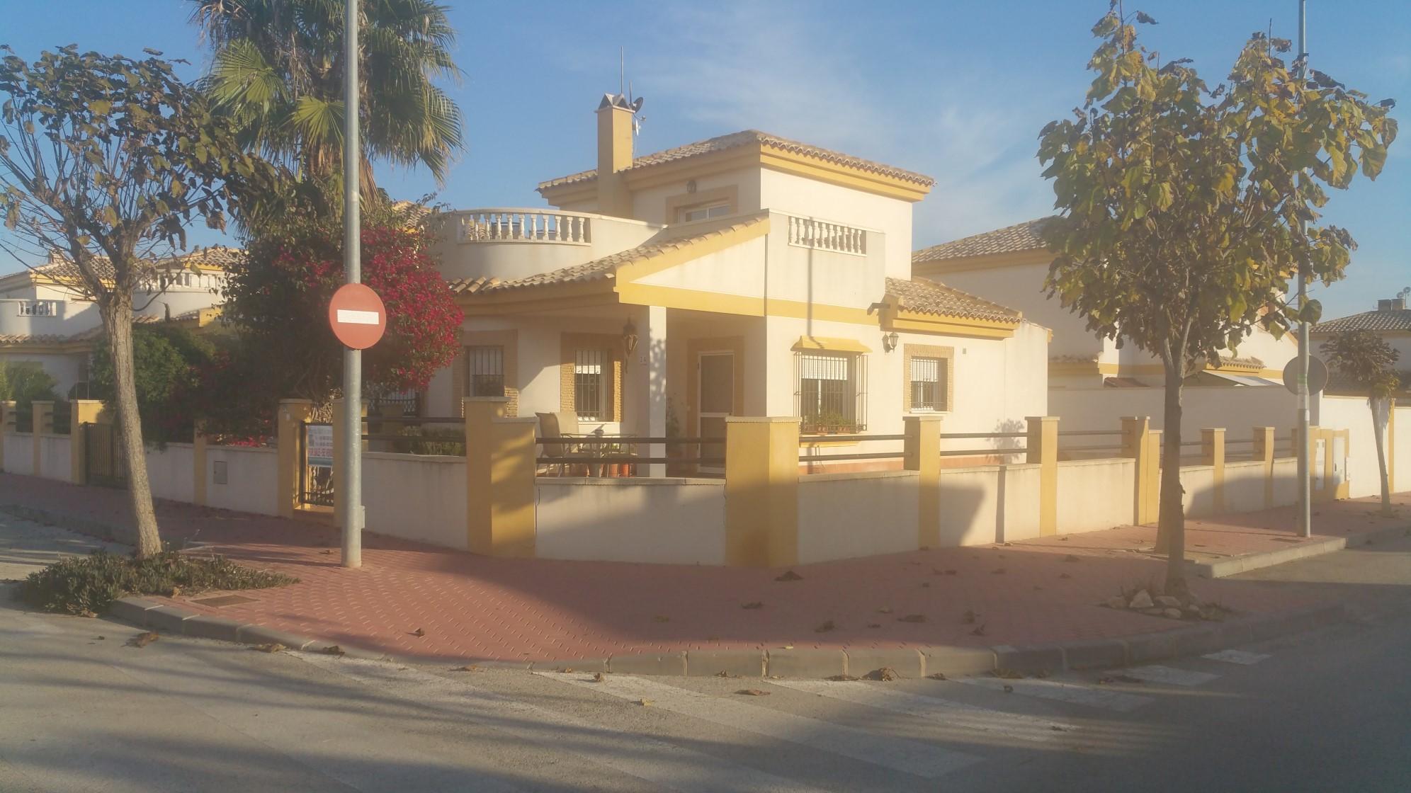 Detached Corner Villa Sucina