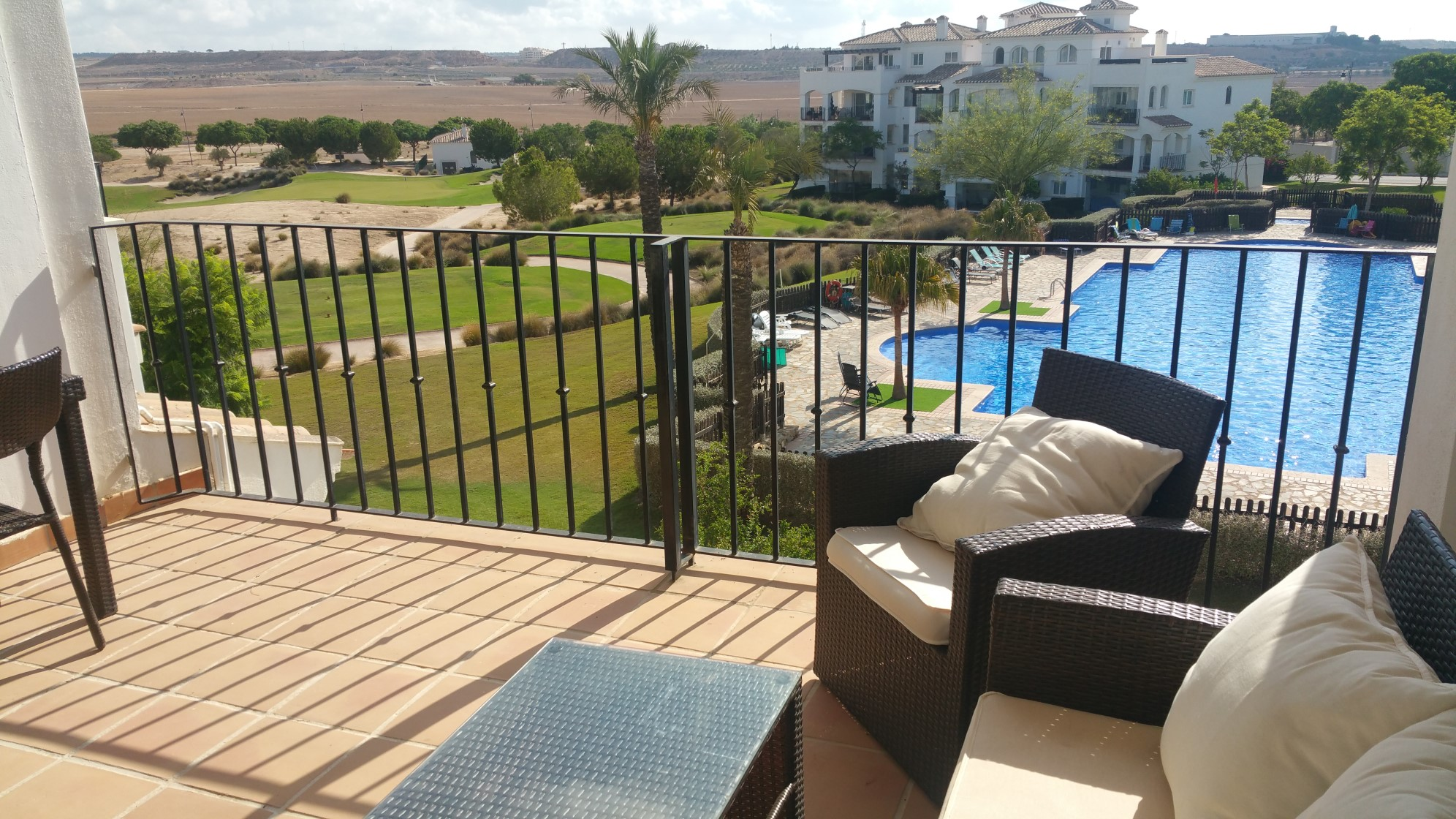 Pool and Golf Views 2nd Floor Apartment